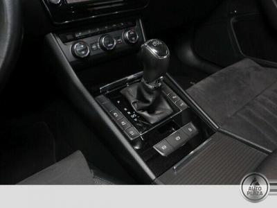 http://autoplaza.sk/images/stories/expautos/images/big/12_1596636887.jpg