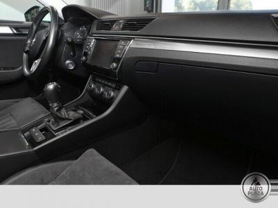 http://autoplaza.sk/images/stories/expautos/images/big/13_1596636887.jpg