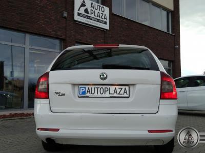 http://autoplaza.sk/images/stories/expautos/images/big/5_1553072561.jpg